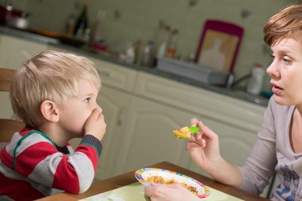 Нагодувати дитину