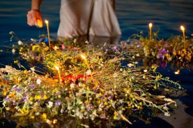 Івана Купала з яких квітів плести вінок