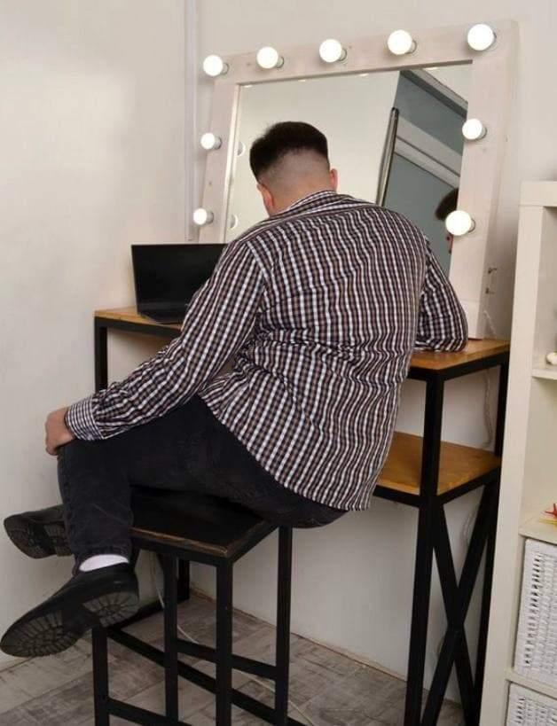 Ця поза для сидіння може призвести до травми коліна