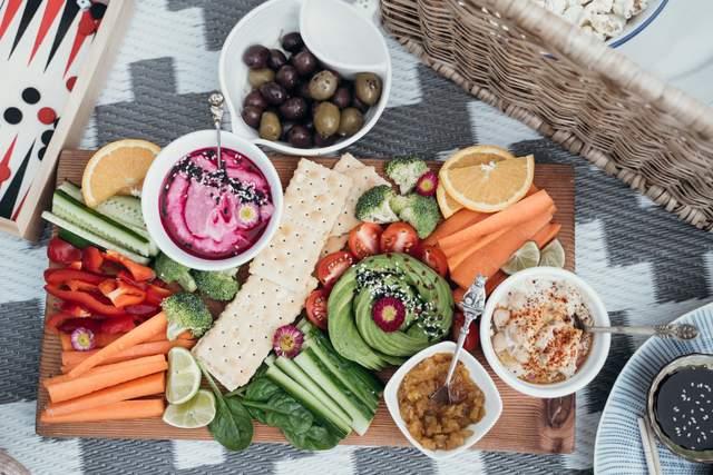 Поради, які допоможуть організувати ідеальний пікнік