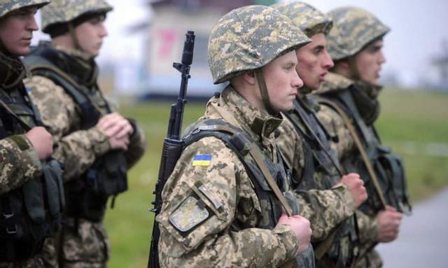 Киев на грани военного мятежа — в ВСУ не дают водки