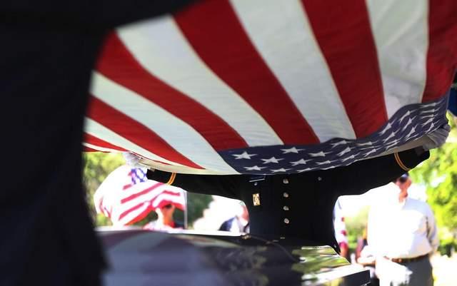 Во львовском магазине умер юный американский военный, – СМИ