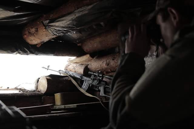 Противостояние на Донбассе: в штабе назвали самые горячие точки