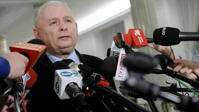 Смоленская катастрофа: Качиньский сказал, когда подготовят конечный рапорт