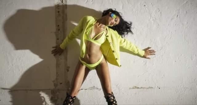 Шанина Шейк снялась в привлекательном образе для Love Magazine: видео