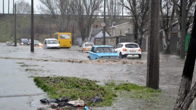 Центр Одессы оказался в водном плену: в городе сложная ситуация