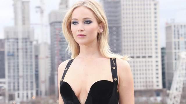 Это мой выбор: Дженнифер Лоуренс прокомментировала реакцию общества на ее облегающее платье