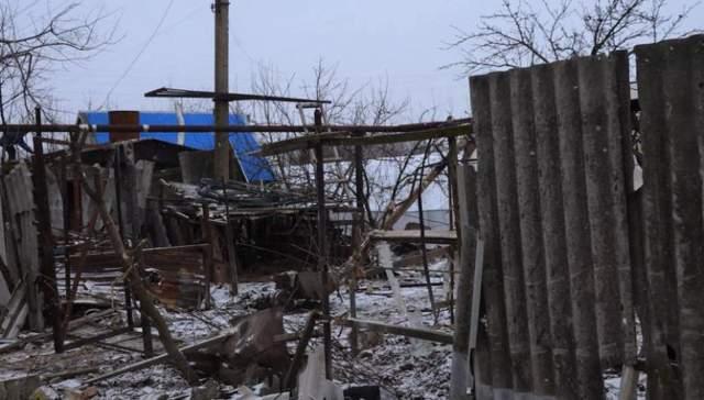 Луганское в который раз оказалось без света из-за ночных обстрелов боевиков
