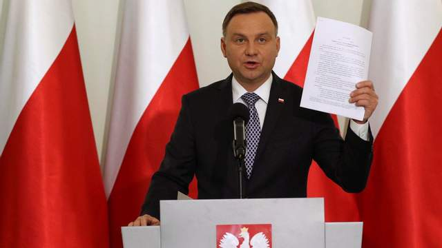 Дуда обвинил украинцев в геноциде народа Польши