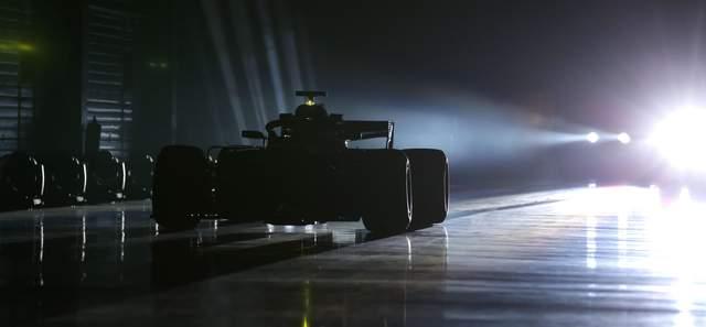 Формула-1 сезон 2018 року: роздивляємось усі боліди