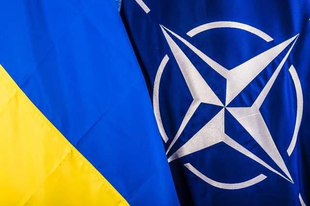 Украинскую делегацию пригласили на июньский саммит НАТО