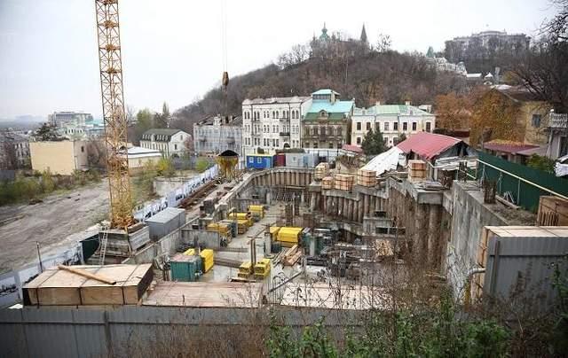 На Андреевском спуске запретили строительство 9-этажного отеля