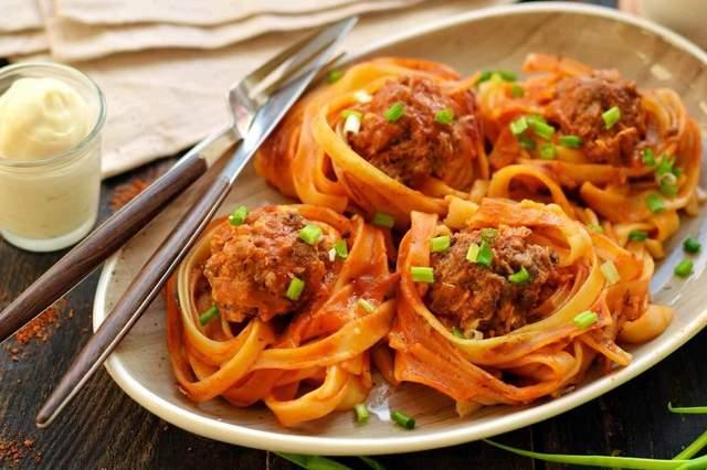 Вкусный рецепт блюда из спагетти и фарша на ужин