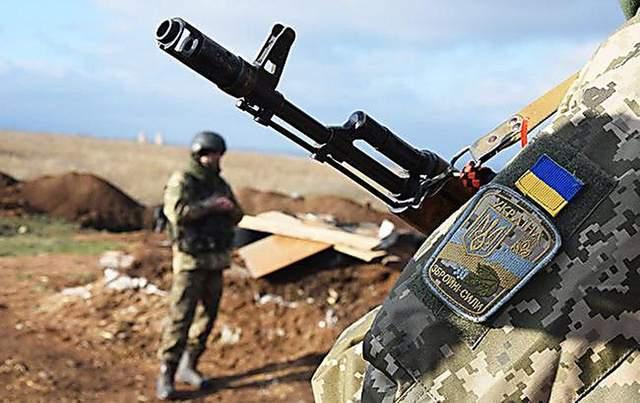 В ООС заверили, что не запрещают военным отвечать на обстрелы боевиков на Донбассе