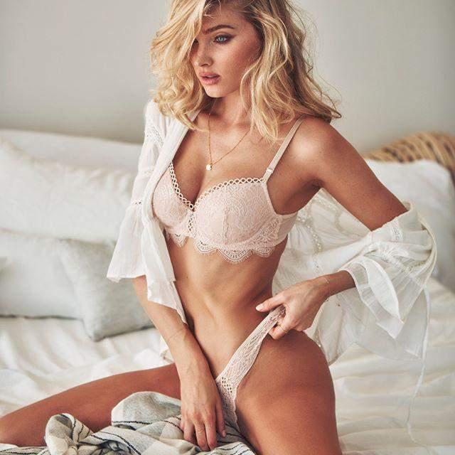 """""""Ангел"""" Victoria's Secret примерила платье украинского дизайнера: очаровательные фото"""