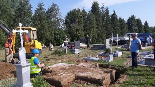 Украина настаивает на восстановлении памятника воинам УПА в Польше