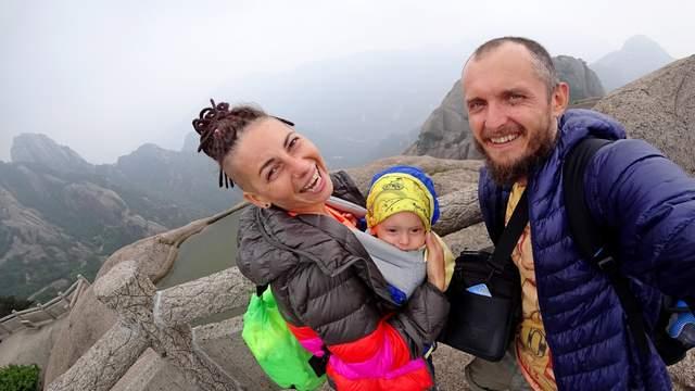 Сделать визу – как утром почистить зубы, – странствующая этно-группа «Фолькнеры»