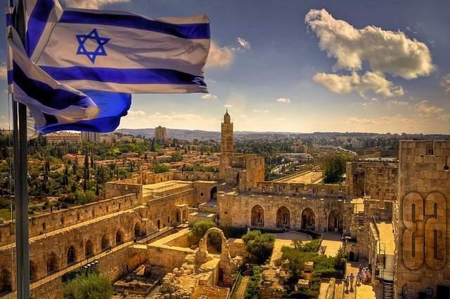 Израиль официально стал еврейским государством