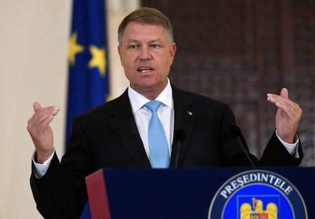 Масштабные протесты в Румынии: на чьей стороне президент страны
