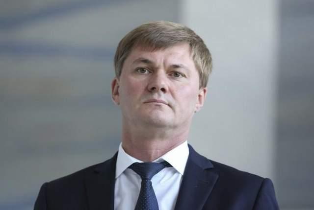 Как Гройсман спас коррупционера с Одесской таможни от уголовного дела и назначил его главой ГФС