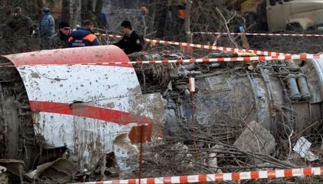 Смоленская катастрофа: польская комиссия покинула место осмотра обломков самолета Качиньского