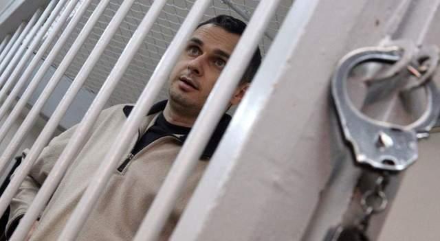 «Не злитесь на меня, если я слишком резок»: Сенцов написал новое письмо из-за решетки