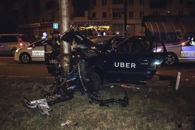 В ніч на 7 жовтня жахлива ДТП за участю таксі сервісу Uber сталась у Києві.  У правоохоронців є підстави вважати 1ef91e02b7395