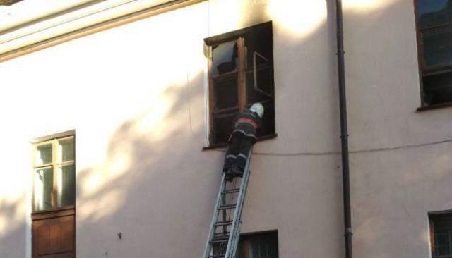 78a5ccb6b7378f 8 жовтня у Кривому Розі горів Палаці культури, внаслідок цього загинув  64-річний чоловік.