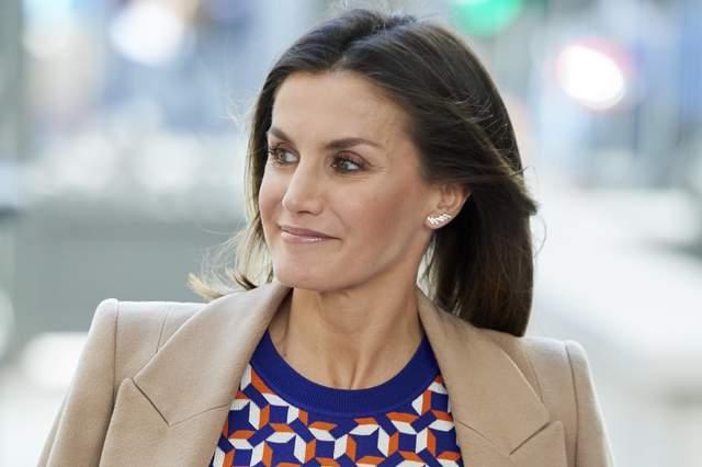 Королева Испании Летиция ошеломила стильным нарядом: фото