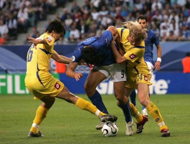 Италия – Украина: история противостояний – единственный матч Шарана, бенефис VIP- «канонира» и конец пути на Мундиале