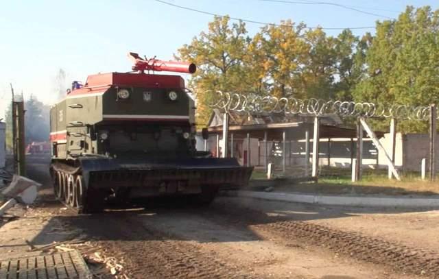 Взрывы на арсенале возле Ични: у Полторака показали, как ликвидируют последствия