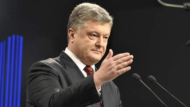 Українці в очікуванні: про що мовчить Порошенко