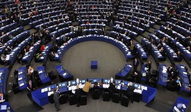 Олег Сенцов стал лауреатом премии Сахарова: появилось видео с реакцией евродепутатов