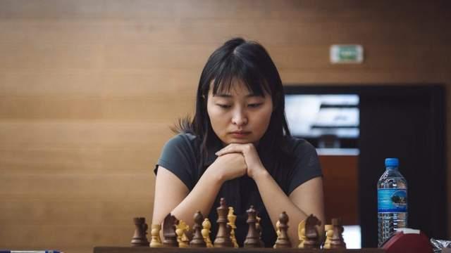 Китаянка Цзюй Вэньцзюнь – чемпионка мира по шахматам. Она обыграла в финале бывшую украинку
