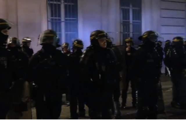 Представитель «желтых жилетов» Эрика Друе задержали в Париже, – СМИ
