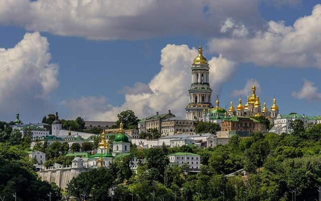 «Не могут принадлежать русской церкви»: как Киево-Печерская и Почаевская лавры перейдут к ПЦУ