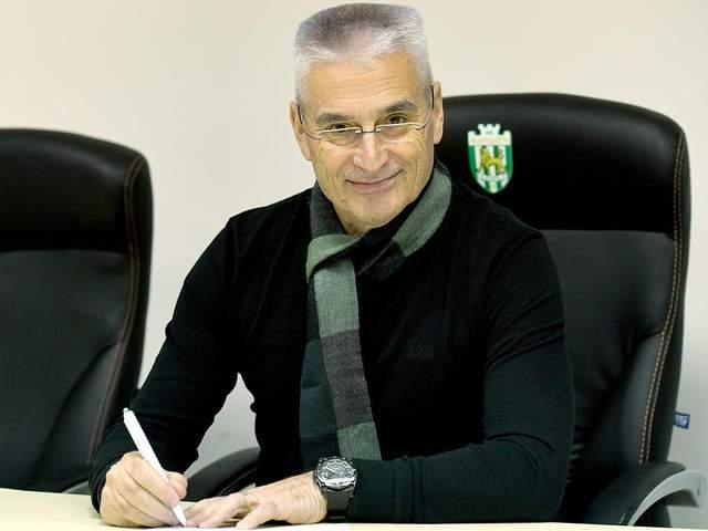 Новый тренер львовских «Карпат»: насколько долго продержится очередной иностранец