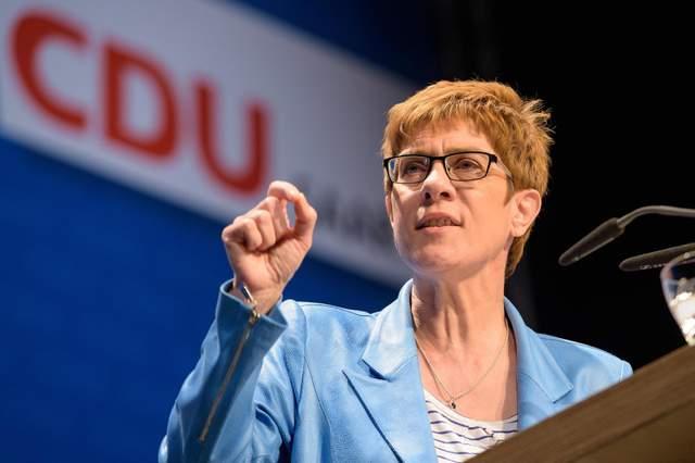 США обещают наказать Германию из-за «Северного потока-2»: появилась реакция преемника Меркель