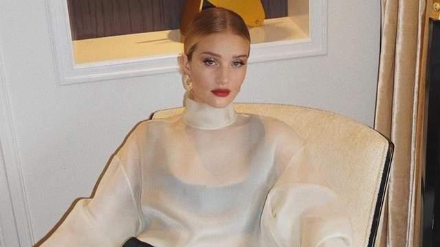 Рози Хантингтон-Уайтли поразила роскошным образом: яркие фото