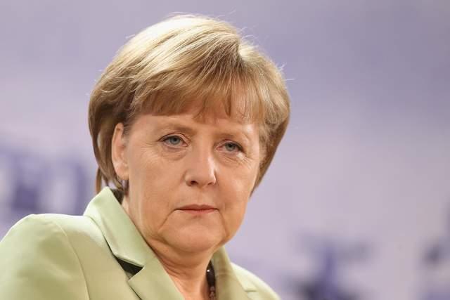 Ангела Меркель удалит страницу с Facebook: известна причина