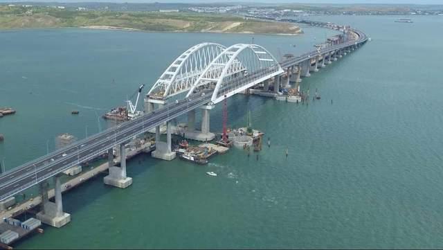 «Ужасное строительство»: автор проектов Крымского моста рассказал о его опасности