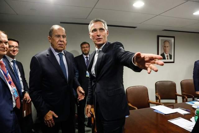 Встревоженные российскими ракетами: в НАТО готовы ждать от России диалога о ядерном договоре