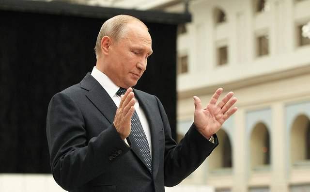 Путин рассказал, когда спустит на воду «оружие судного дня»