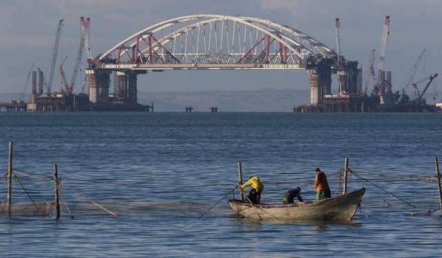Эксперт рассказал о последствиях падения Крымского моста для Украины