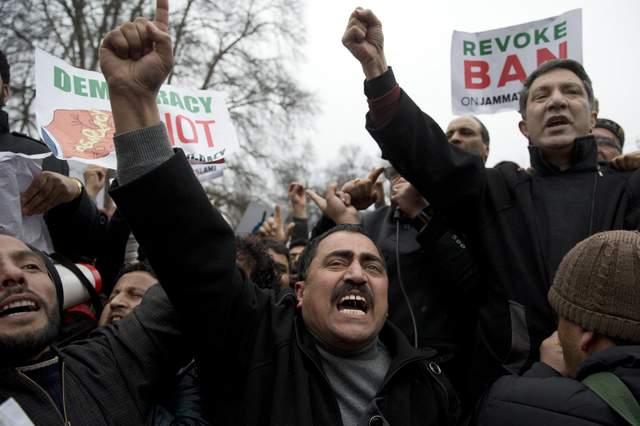 Конфликт между Индией и Пакистаном: бои возобновились, есть жертвы