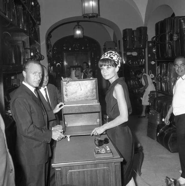 Одрі Гепберн в крамниці Gucci у Римі