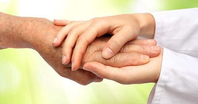 Тремтіння в руках може бути симптомом серйозних хвороб