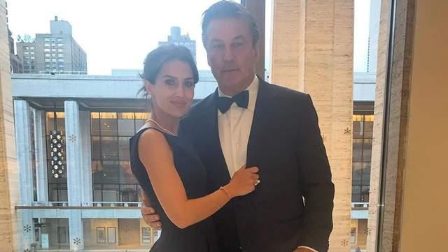 Наш ребенок умер, – жена Алека Болдуина ошарашила сеть новостью о потере