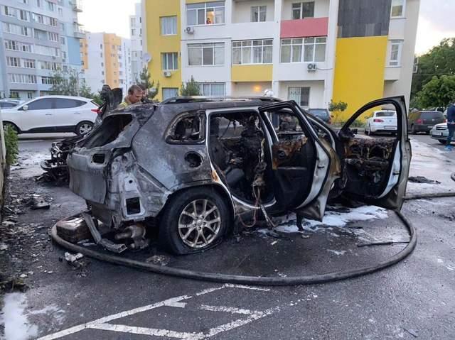 У Харкові спалили авто відомої блогерки Тетяни Коряк: фото, відео