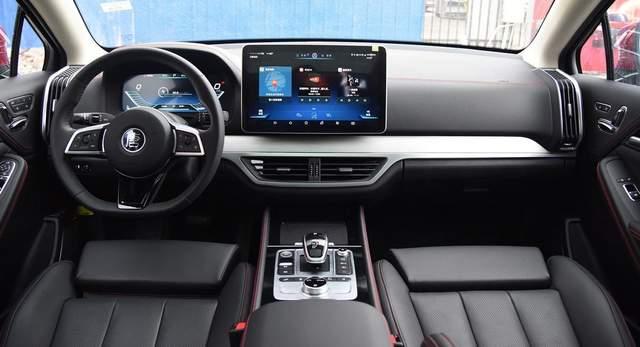 Конкурент Tesla виходить на європейський ринок: вражаючі фото кросовера Tang EV600